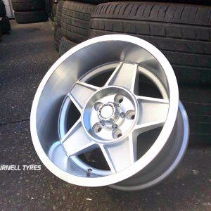 15x10 globe silver wheels